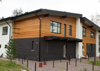 современный кирпичный дом